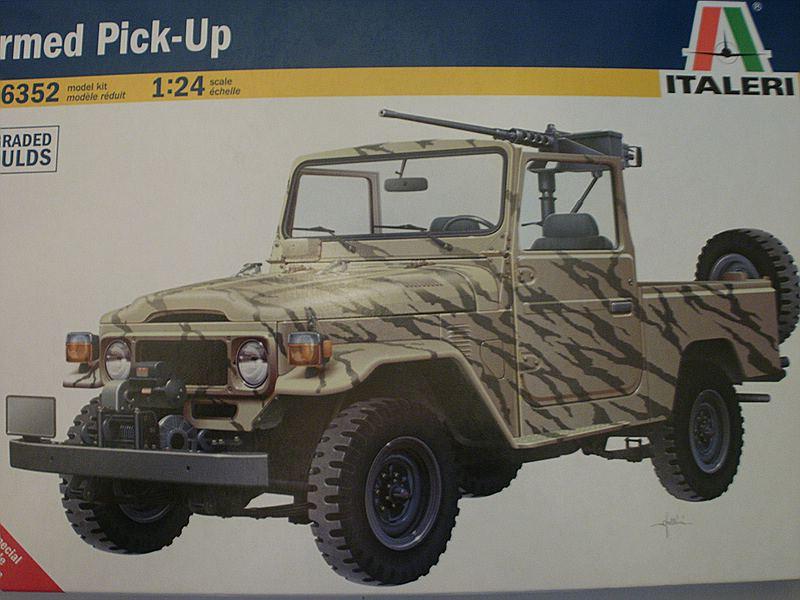 italeri armed pick up toyota land cruiser j4. Black Bedroom Furniture Sets. Home Design Ideas