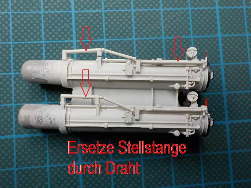 Plastik: Typ IXC -U-505 Von Revell 1:72 mit Innensektionen ...