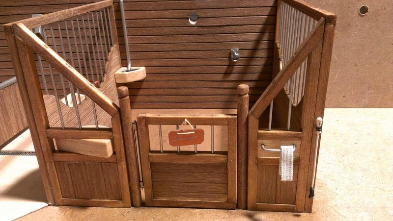 pferdestall bauen lassen beautiful pferdestlle reiterhfe und paddocks fr schleich pferde with. Black Bedroom Furniture Sets. Home Design Ideas