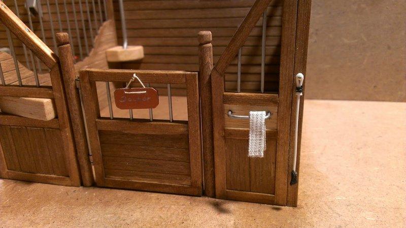 modell pferdestall selber bauen good foto wie wohnt es sich auf einem flussschiff fragte sich. Black Bedroom Furniture Sets. Home Design Ideas